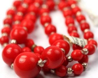 Vintage Beads West German Glass Graduated Strand Red (1) VGB077