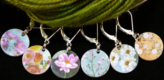 """Double-sided PHAT FIBER """"Secret Garden"""" locking stitchmarkers for knitters or crocheters, greens"""