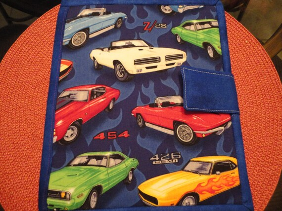 "Ipad Ereader Cover with Pockets ""Muscle Cars"""