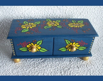 Draw Jewelry Box, Jewelry Holder, Jewelry organizer, Unique Gift, Jewelry keeper, Mother Daughter Gift, Christmas Gift, Hand Painted