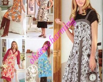 Trendy Apron Sewing Pattern Simplicity 2932 Juniors Misses Smocks 6-8-10-12