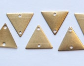 2 Hole Raw Brass Triangle Connector Link Charms Drops 13mm (10) mtl147D