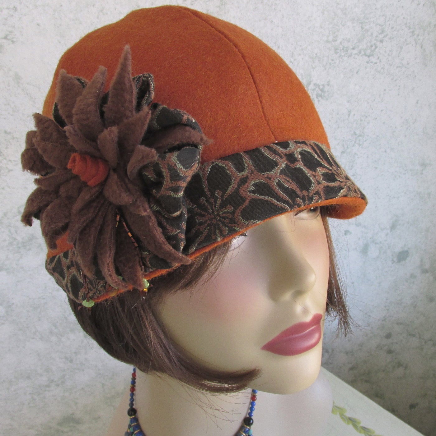 Womens Hat Pattern Flapper Style Brimmed With Flower Trim Pdf