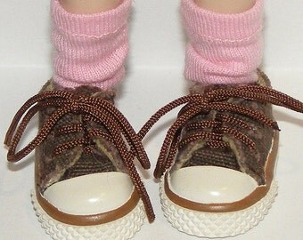 Short Bubblegum Pink Socks For Blythe...One Pair Per Listing...