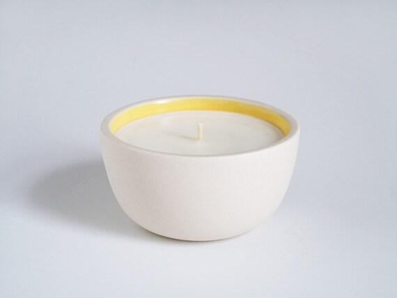 chamomile, honey & vanilla candle.
