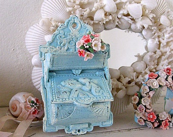 Vintage Aqua Blue Cast Iron Kitchen Match Holder