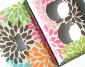 Light Switch Cover Outlet Cover Switchplate -- Flower Petals