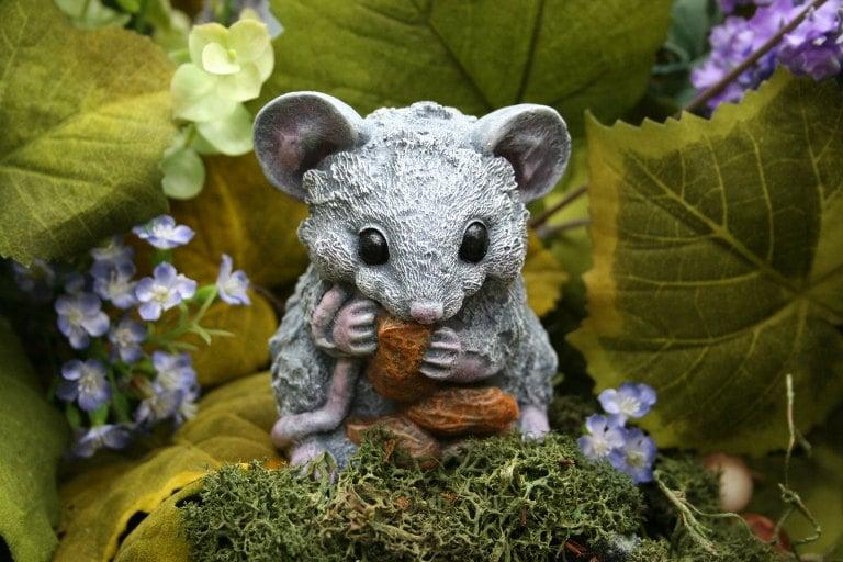 Fairy Garden Mouse Statue Concrete Rat Mouse Eating