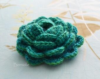 Crochet flower brooch, shawlpin, blue green I913
