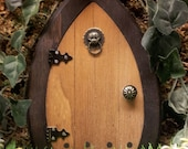 Fairy Door, 6.5 inch with lion knocker that OPENS.