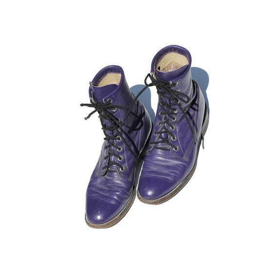 size: 6 Grape Escape Purple Ankle Boots