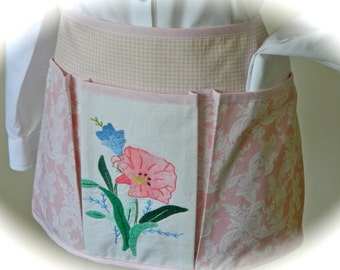 Country Cottage Vintage Craft Apron for all your Fun Garden, Crafting or Vendor adventures