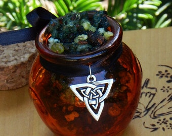 Trinity . Honey Heartwood Resin Pot . Triple Goddess, Divine Offering, Celtic and Nature Workings