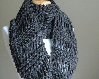 Charcoal Gray Chunky Scarf, Knit Infinity Scarf, Circle Scarf, Hand Knit Infinity Scarf, Women's Scarf, Winter Scarf, Knitted Scarf, Wool