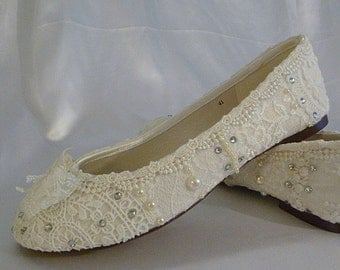 Wedding Ballet Flats . Lace Ballet Flats . Bridal Shoes . Wedding Shoes . Lace Bridal Flats . Lacy Flats .