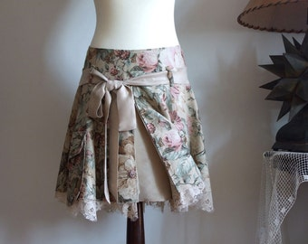 Floral LINEN SKIRT with cargo pockets and beige lace ruffle, roses print full linen skirt, boho skirt, spring summer fashion