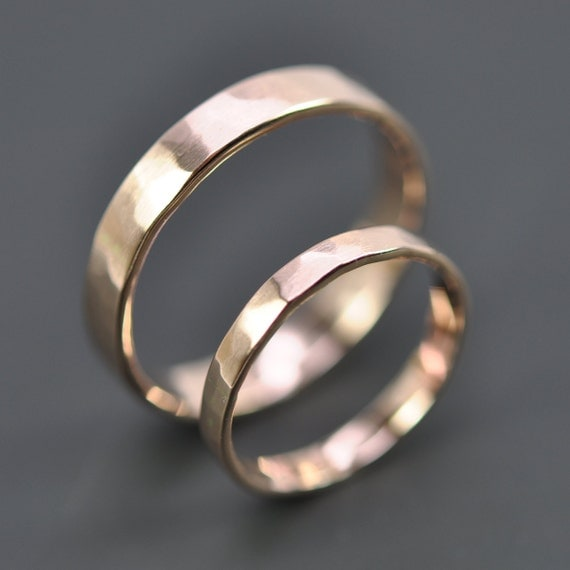 gold wedding band set 2 5mm and 4mm rings by