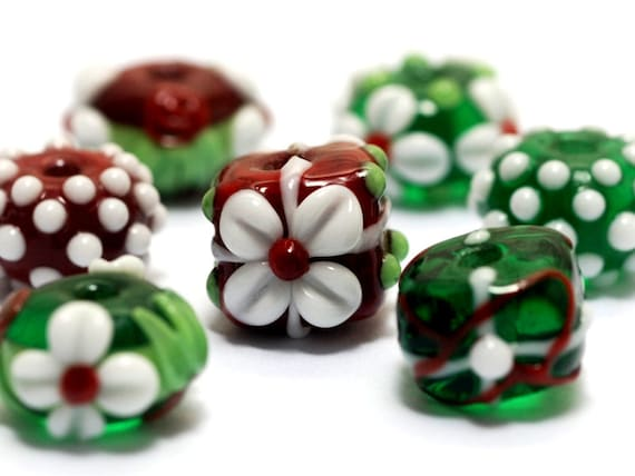 Handmade Glass Lampwork Bead Set - Seven Christmas Beads 10702901
