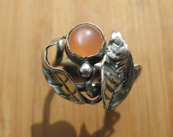 Sterling Silver Peach Cats Eye Moonstone Spiral Adjustable Ring
