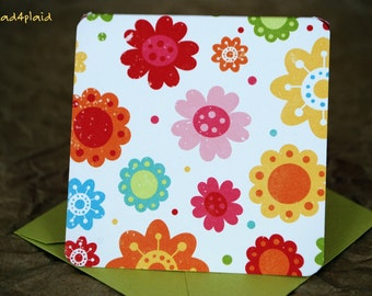 Blank Mini Card Set of 10, Petite Sunny Floral with a Contrasting Pattern on the Inside, Metallic Lime Envelopes, mad4plaid
