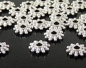 Bead Spacer 50 Antique Silver Daisy Flower Snowflake 9.5mm x 2.5mm Hole 2mm NF (1100spa09s1)xz