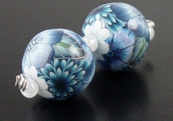 2 Earring Size Floral Flower Round Clay Beads 1927