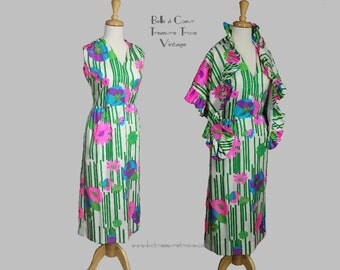 Sleeveless Summer Floral Dress with Shawl 1960s 1970s Large