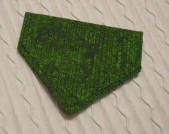 Dog Bandana in Forest Green Design Sizes XS to Medium Dog Collar Style