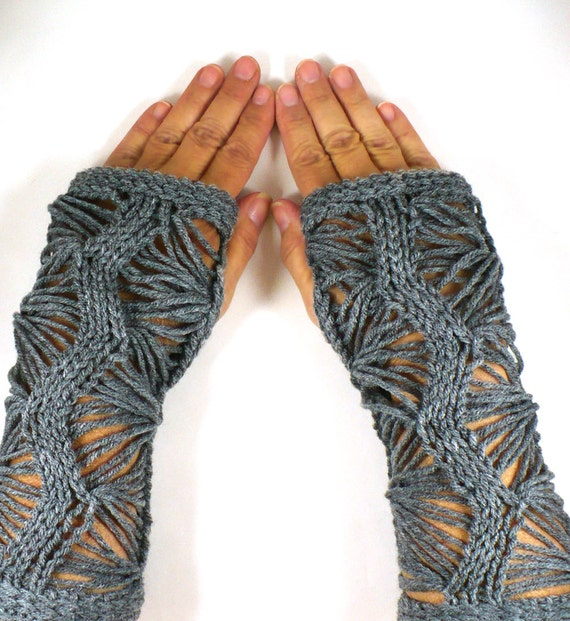 Knit Hand Warmers Gauntlets Knit Gothic Gloves Grey Lace Gloves Goth Fashion Gray Accessories Fashion Gloves Texting Gloves Handwarmers