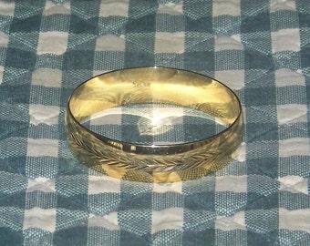 Vintage Goldtone Trifari Bangle Braclet