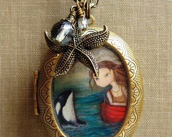 Antique style Locket - Sarah and the Orca vintage locket necklace jewelry