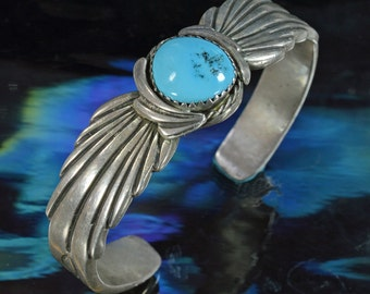 Navajo Bracelet with Turquoise Cabochon
