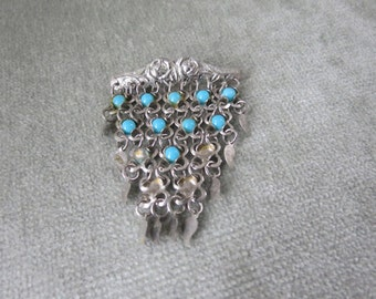 Vintage 1920s or 1930s Brooch / Pin / Silver tone metal mesh with turquoise glass beads