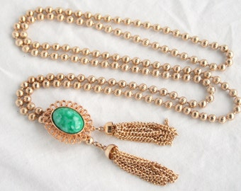 Lariat Tassel Necklace Vintage Avon Green Ming Bolo D&E Book Piece New in Box