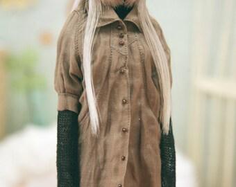 jiajiadoll -light brown long shirts for Momoko or Misaki or Blythe