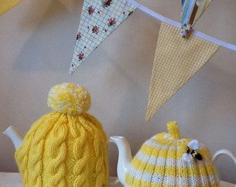 Yellow Cable knitted Tea Cosy - fits a 4 cup pot, tea lovers, kitchen deco, teapot warmer