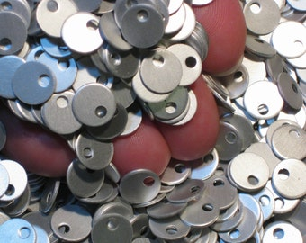 "100 Small Frost Stamping Blanks 3/8"" 21 Gauge Anodized Aluminum 9.5mm Discs Tags Circles Small Blank Tags Velvety Grey Matte Surface"