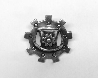 Top Hat on Gear SteamPunk pin, unique detailing