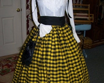 Long SKIRT Ladies Civil War and Sash, Yellow and Black Gingam cotton Handmade, Camp dress, colonial dress, Victorian Dress, Dicken Christmas