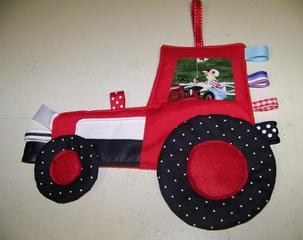 Tractor pdf pattern Crinkle Taggie Toy Patchwork Ford or New Holland with instant download