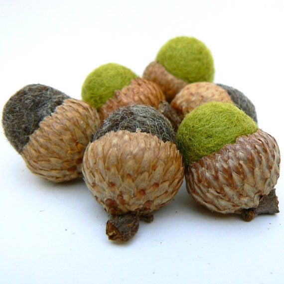 CUSTOM ORDER -- for Stacey -- 20 felted acorns - 2, 4, 13 -- Need by Oct 22