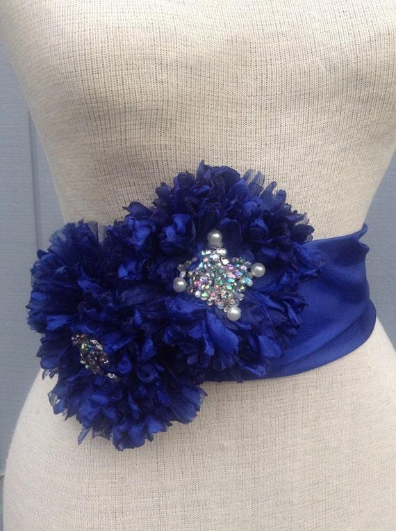 Bridal sash, wedding sash, bridal belt, flower sash, bridal accessories, wedding accessories, wedding gift, handmade flowers, flower belt