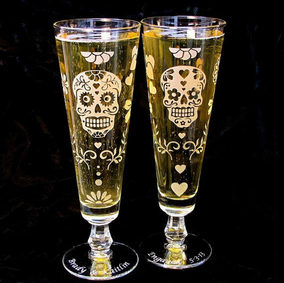 Halloween Wedding Altar: 2 Personalized Sugar Skull Wedding Flute Glasses Halloween