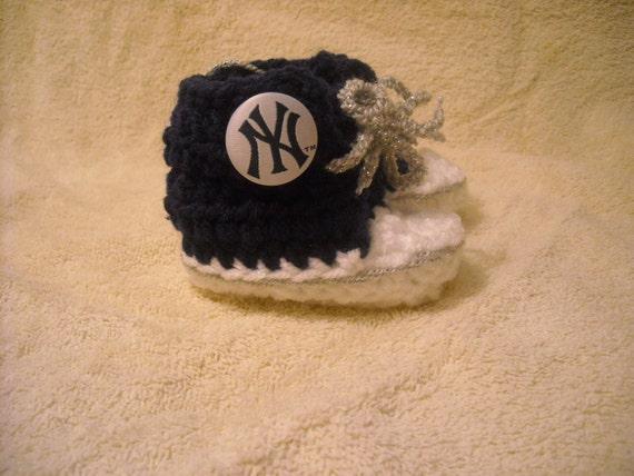 NY Yankee Baby Booties - 3-6 mos.