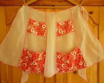 40s / 50s Pink Organdie Apron w Floral Pockets