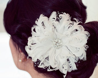 White Feather Flower Fascinator
