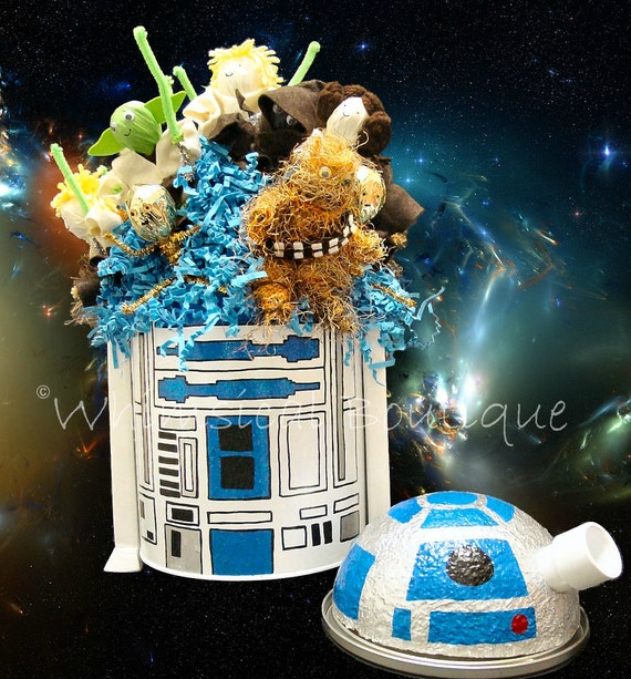 custom hand painted star wars r2d2 lollipop party favors arrangement 07 by whimsical boutique. Black Bedroom Furniture Sets. Home Design Ideas