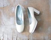 silver platform heels, vintage platform shoes, metallic mod platform heels, size 7.5 shoes