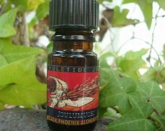 Joulumouri (2009): Black Phoenix Alchemy Lab Perfume Oil 5ml