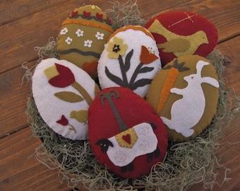pRiMitiVe Easter Egg Bowl Fillers (Wool Felt Appliqued)